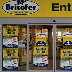 Bricofer Le Maioliche: «Il negozio non chiuderà»